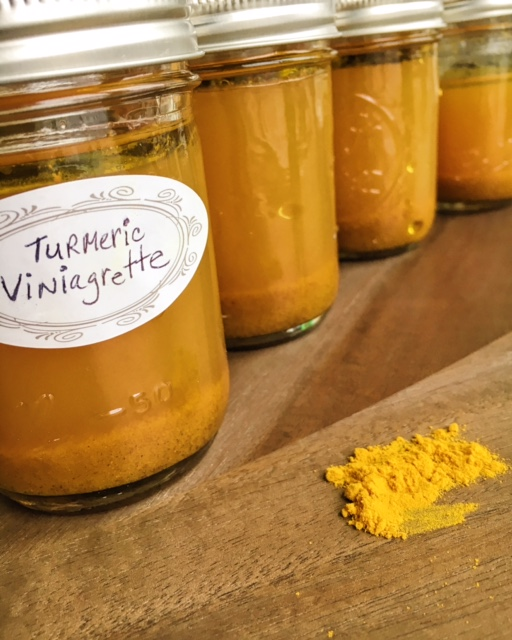 I seriously want to take a bath in this dressing. Turmeric+apples= fall love