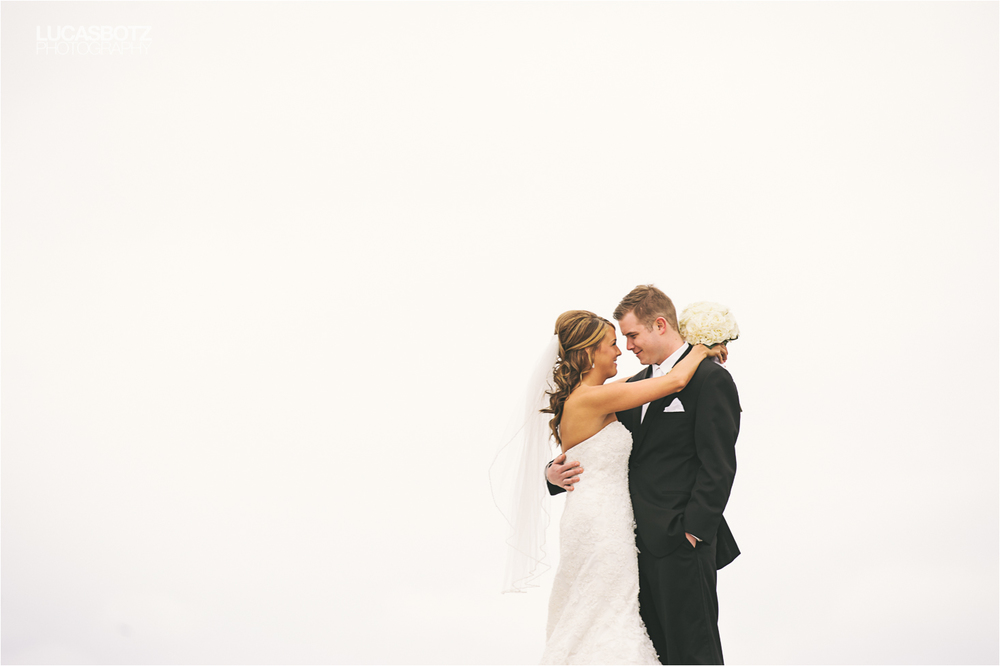 Minneapolis_Wedding_Photographer_Lucas_botz_Photography.jpg