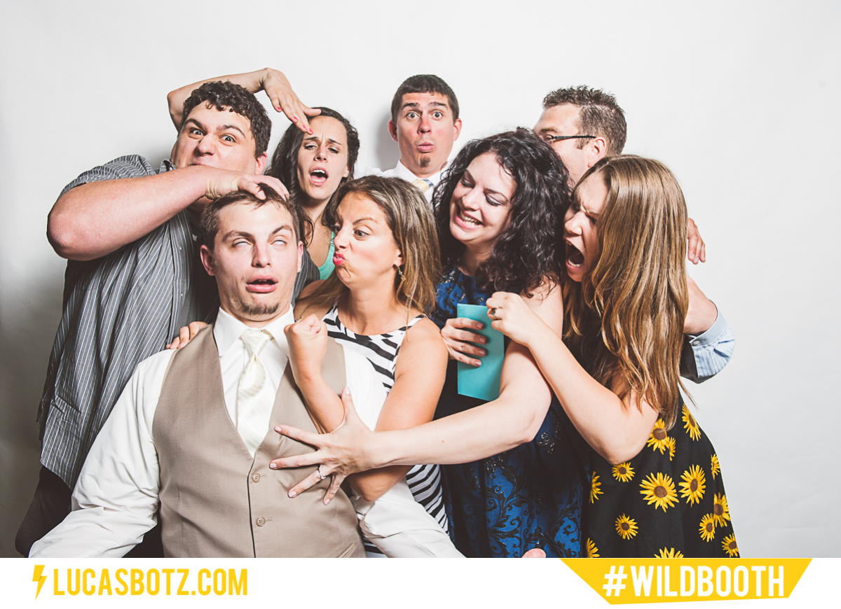 MN_Photobooth_wildbooth_St._Paul_Town_and_Country_Club-05.jpg