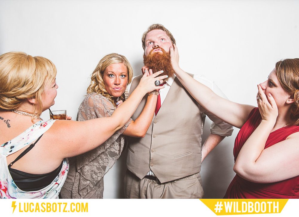 MN_Photobooth_wildbooth_St._Paul_Town_and_Country_Club-10.jpg