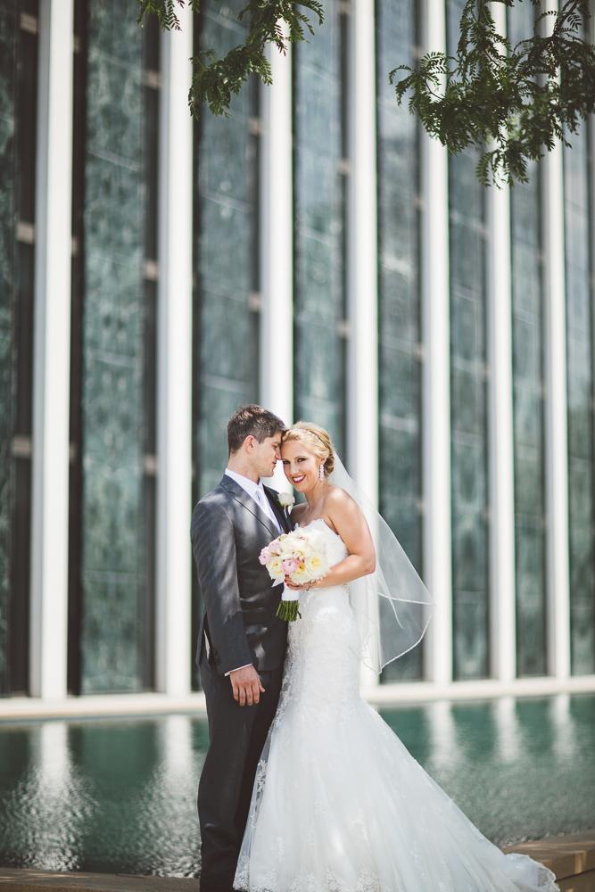 Minneapolis Wedding Photographer Lucas Botz_008.jpg