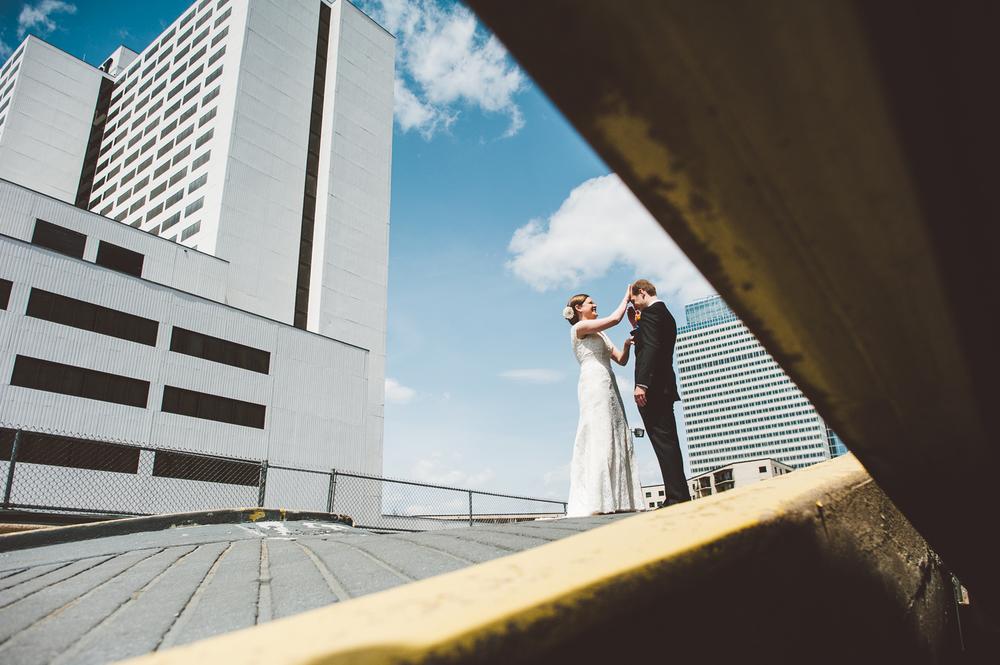 Minneapolis Wedding Photographer Lucas Botz_020.jpg