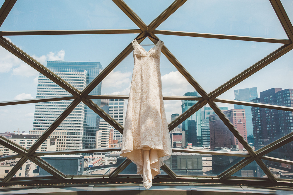 Minneapolis Wedding Photographer Lucas Botz_026.jpg