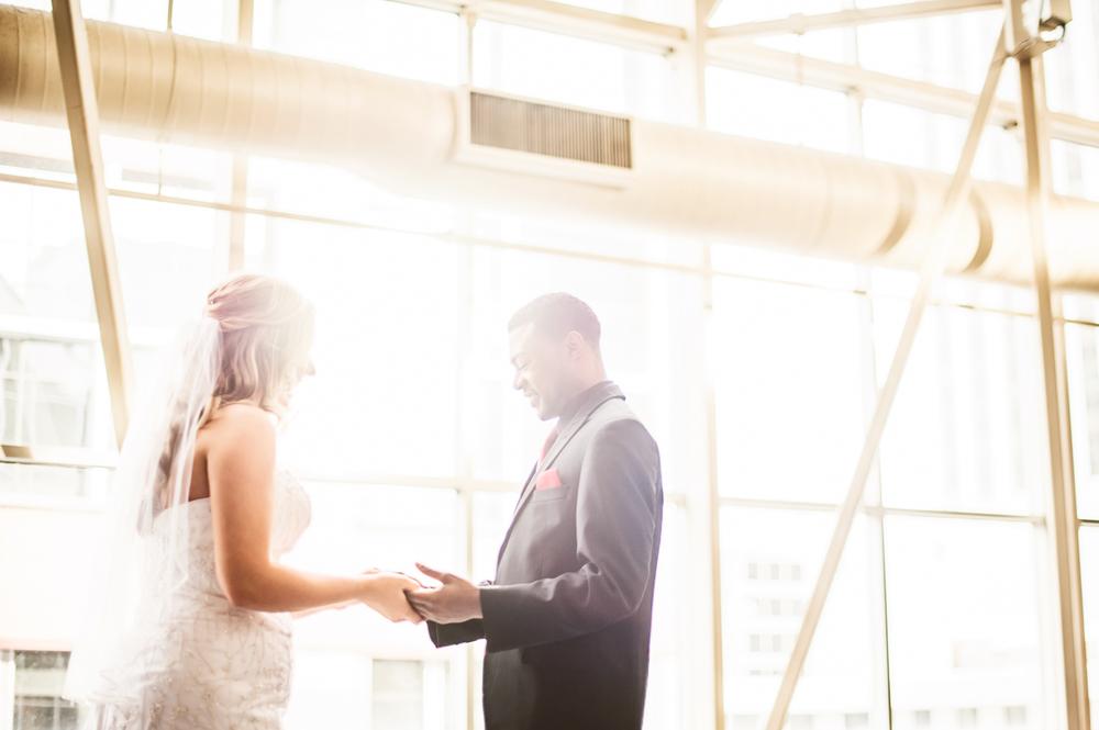 Minneapolis Wedding Photographer Lucas Botz_045.jpg