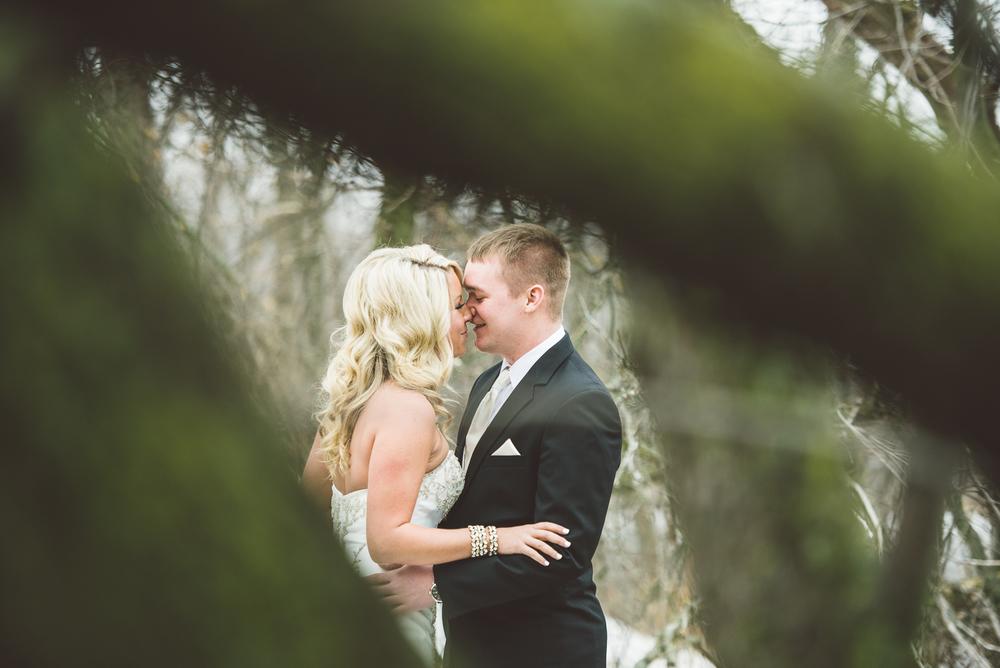 Minneapolis Wedding Photographer Lucas Botz_080.jpg
