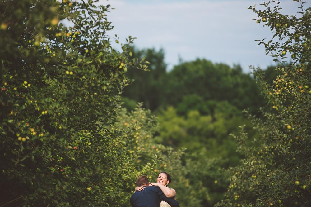 Minneapolis Wedding Photographer Lucas Botz_087.jpg