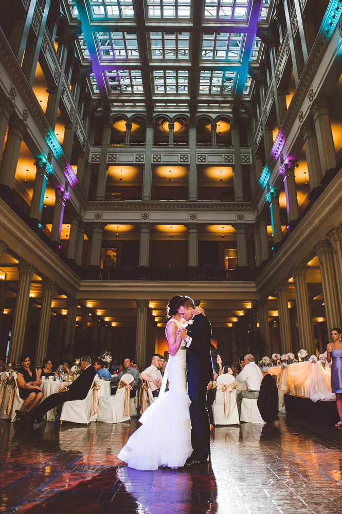 Minneapolis Wedding Photographer Lucas Botz_144.jpg