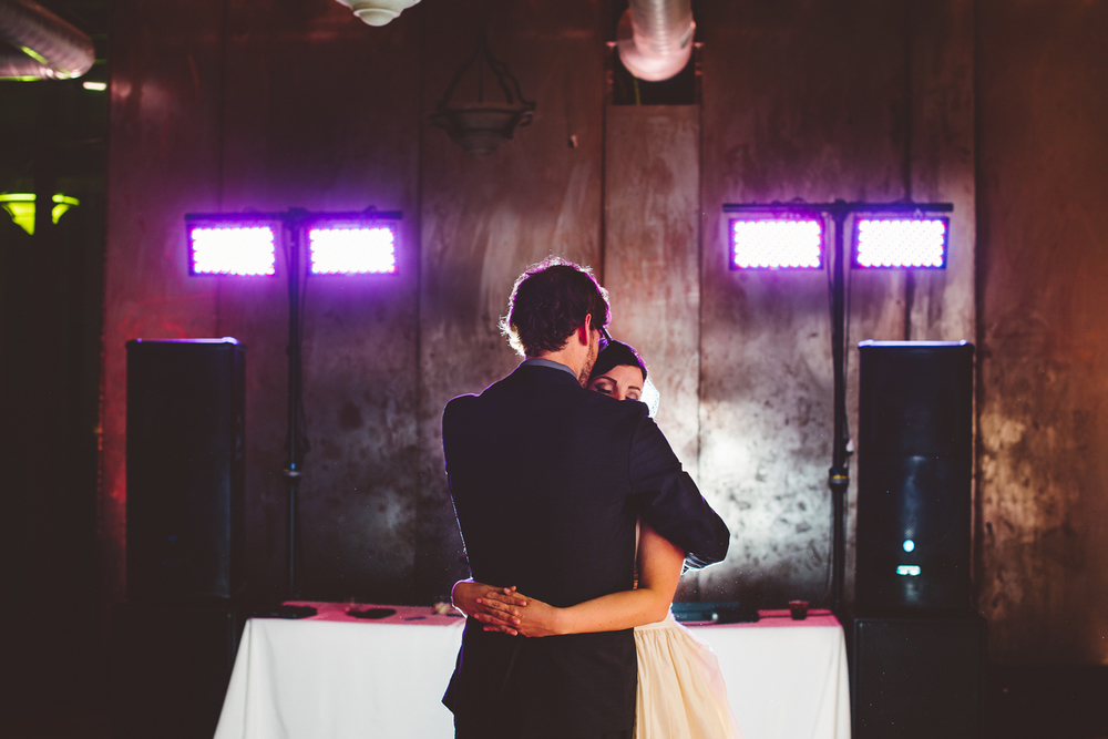 Minneapolis+Minnesota+Wedding+Photographer+Lucas+Botz+Photography+Dance_07.jpg