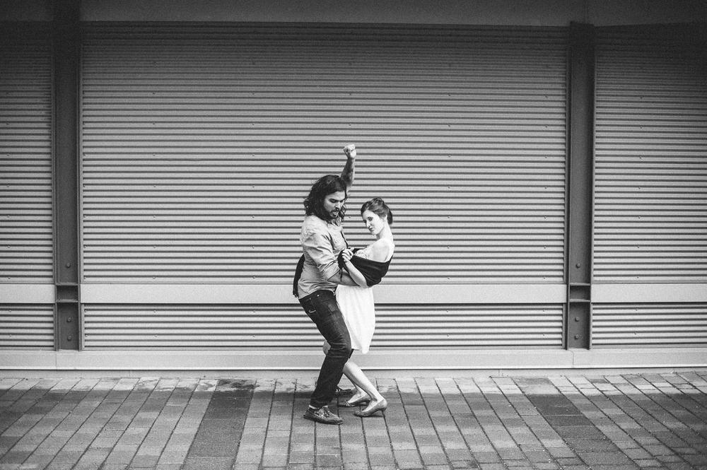 Dance_minneapolis_engagement_picture_ session_by_Lucas_botz-01.jpg