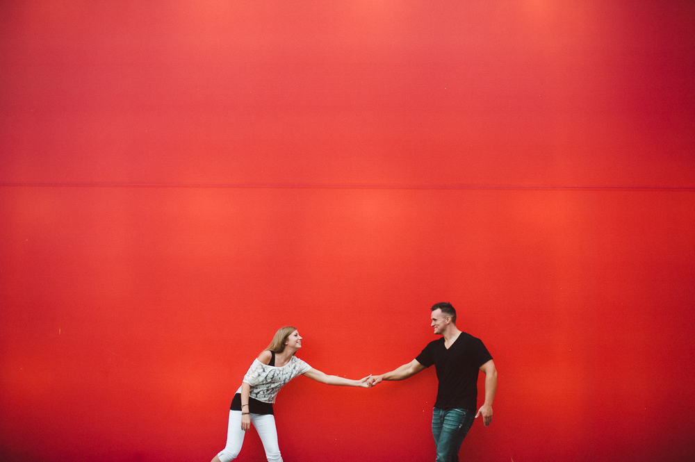 guthrie_theater_minneapolis_engagement_picture_ session_by_Lucas_botz-21.jpg