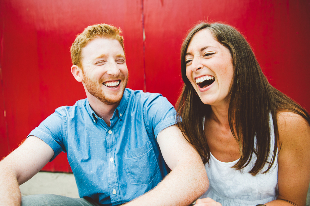 laughing_minneapolis_uptown_engagement_picture_ session_by_Lucas_botz-04.jpg