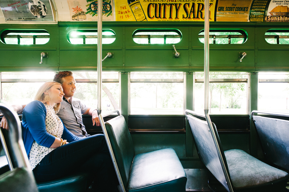trolley_ride_minneapolis_engagement_picture_ session_by_Lucas_botz-13.jpg