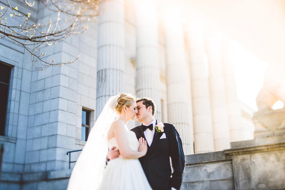 Wedding_Gale_Mansion_Minneapolis_MN_by_Lucas_botz_026.jpg