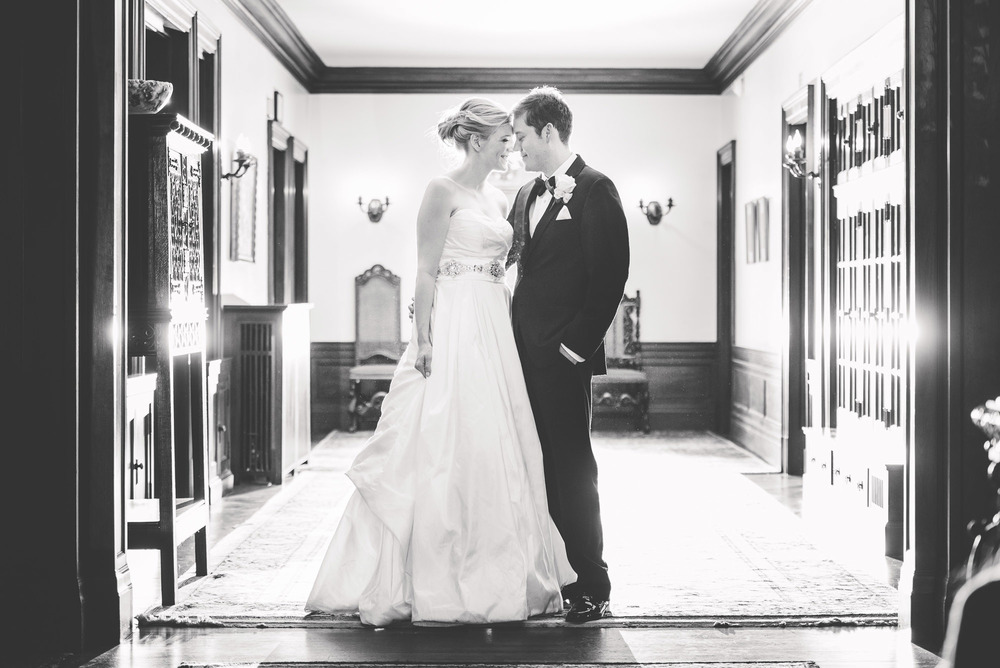 Wedding_Gale_Mansion_Minneapolis_MN_by_Lucas_botz_028.jpg