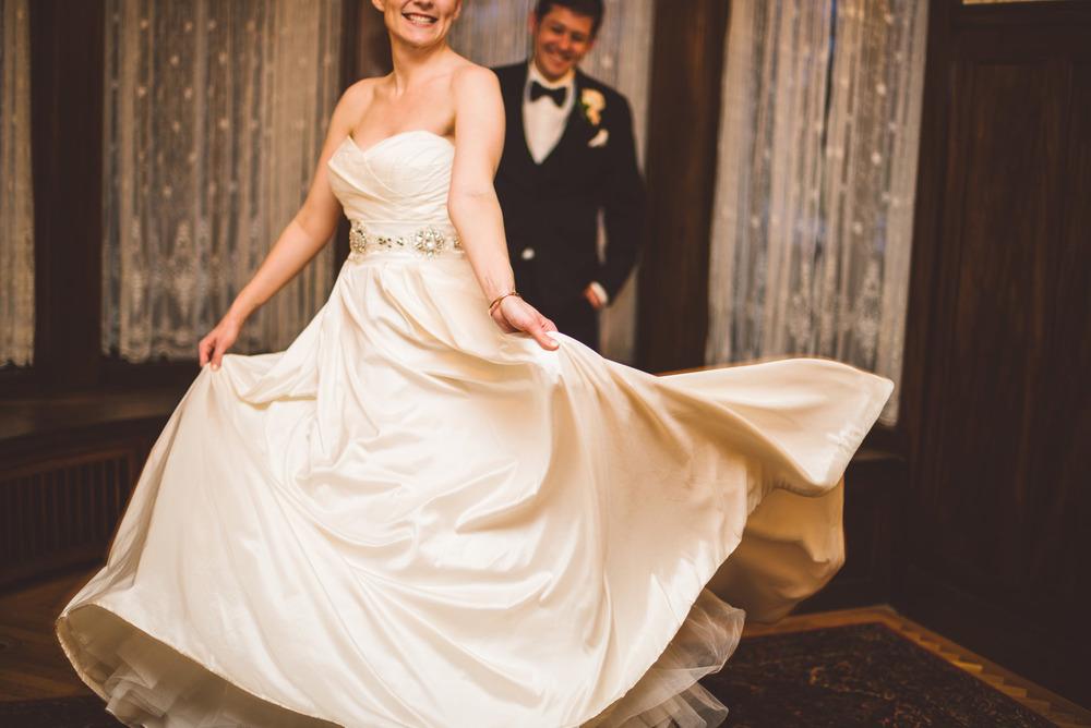 Wedding_Gale_Mansion_Minneapolis_MN_by_Lucas_botz_033.jpg