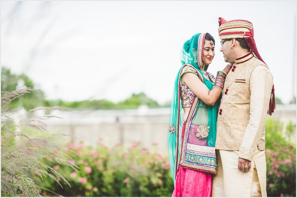 minnesota_boat_club_indian_wedding_st_paul_by_lucas_botz_photography_04.jpg