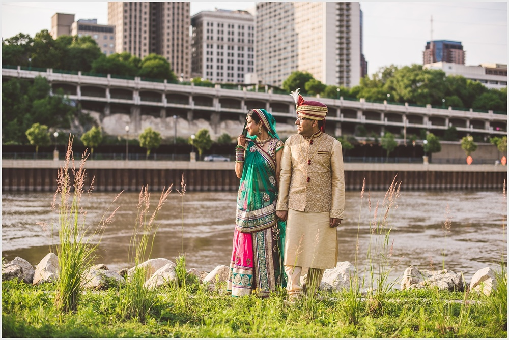 minnesota_boat_club_indian_wedding_st_paul_by_lucas_botz_photography_09.jpg