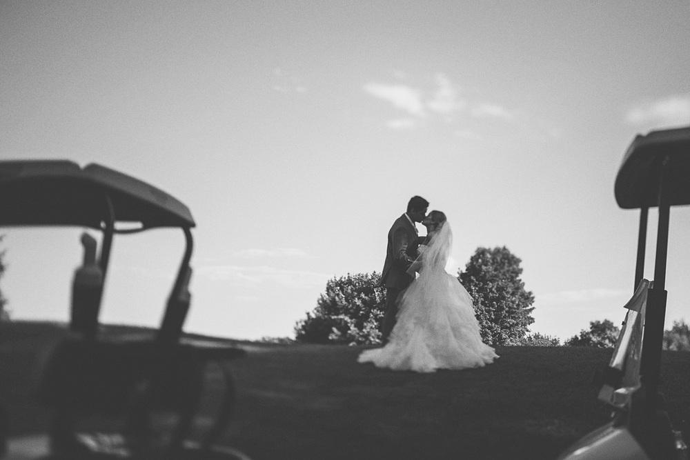 Best_wedding_photos_Minneapolis_minnesota_lucas_botz_photographty_48.jpg