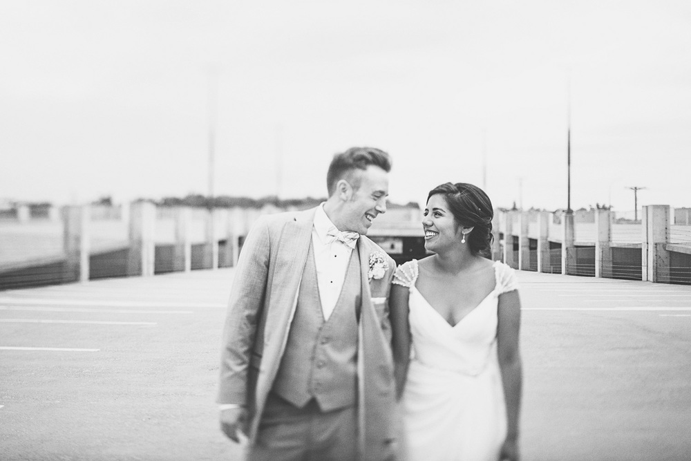Best_wedding_photos_Minneapolis_minnesota_lucas_botz_photographty_79.jpg