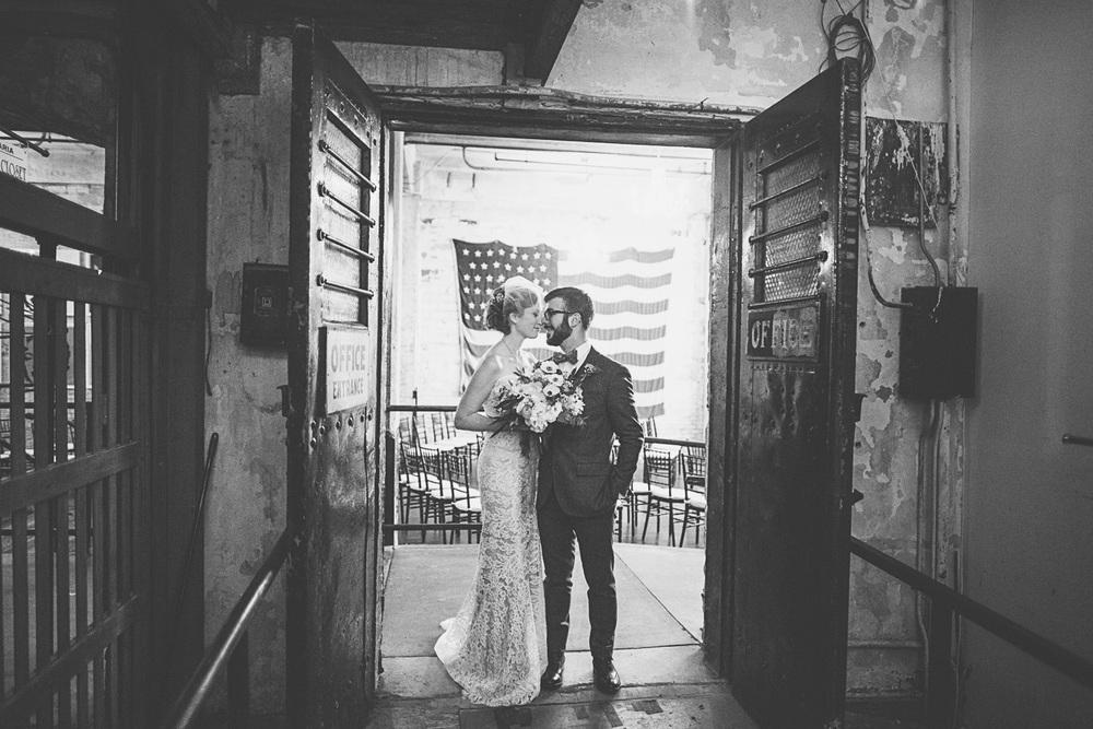 Best_wedding_photos_Minneapolis_minnesota_lucas_botz_photographty_00.jpg