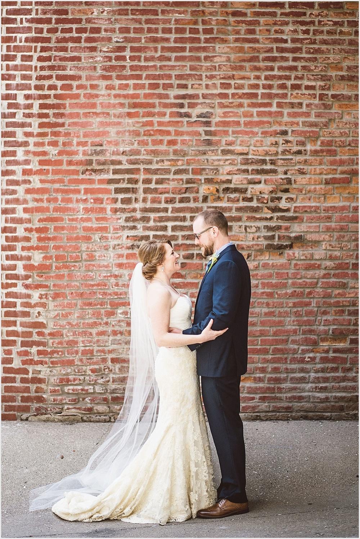 stpaul_wedding_lucas_botz_photography_019.jpg