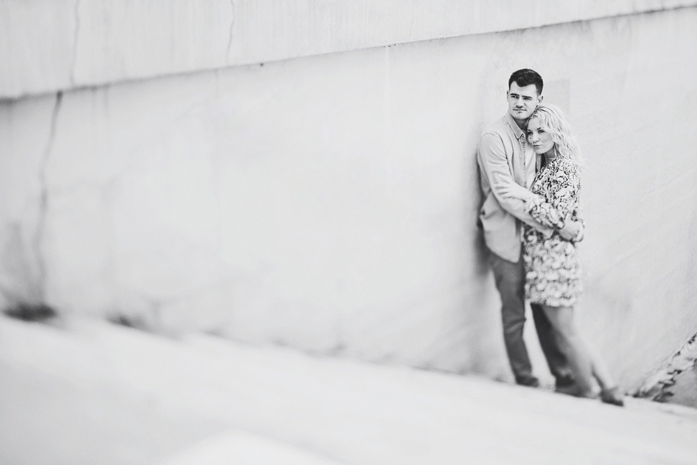 erika_alexa_Minneapolis_cedar_lake_engagement_lucas_botz_photography_0015.jpg