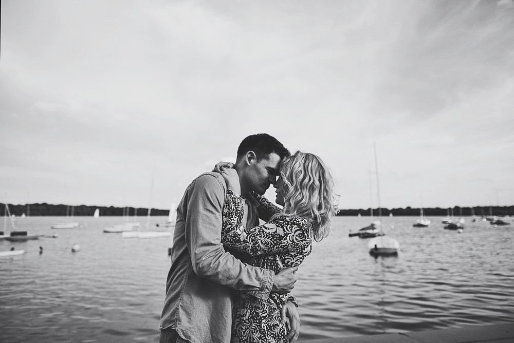 erika_alexa_Minneapolis_cedar_lake_engagement_lucas_botz_photography_0018.jpg