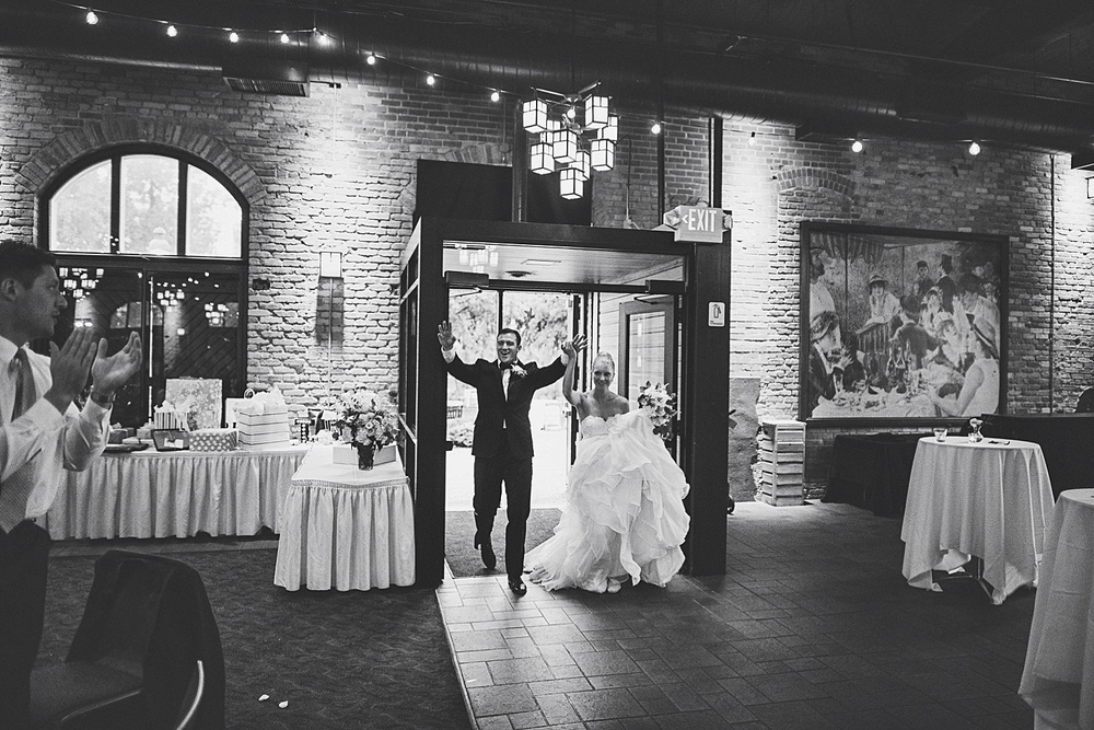 Tom_Alex_nicollet_island_wedding_by_lucas_botz_Photography_0040.jpg