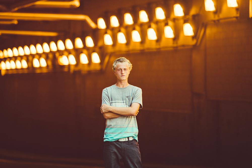 Trendy_Urban_Senior_Portrait_Lucas_Botz_Minneapolis_Photographer-0848.jpg