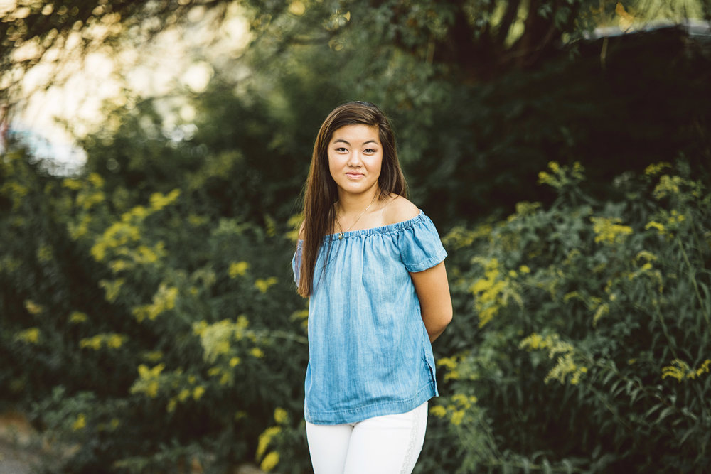 julia_senior_photos_north_loop_minneapolis_lucas_botz_photography_121.jpg