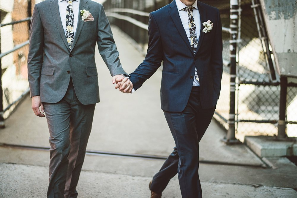 lgbt_wedding_minneapolis_photo_by_lucas_botz_photography_2018-01-04_0009.jpg