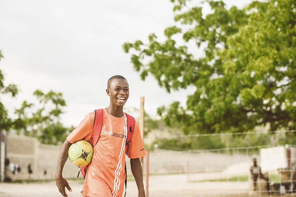 Haiti_sport_disciple_lucas_botz_photography_132.jpg