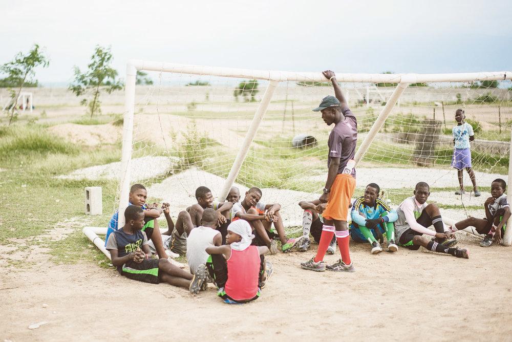 Haiti_sport_disciple_lucas_botz_photography_002.jpg