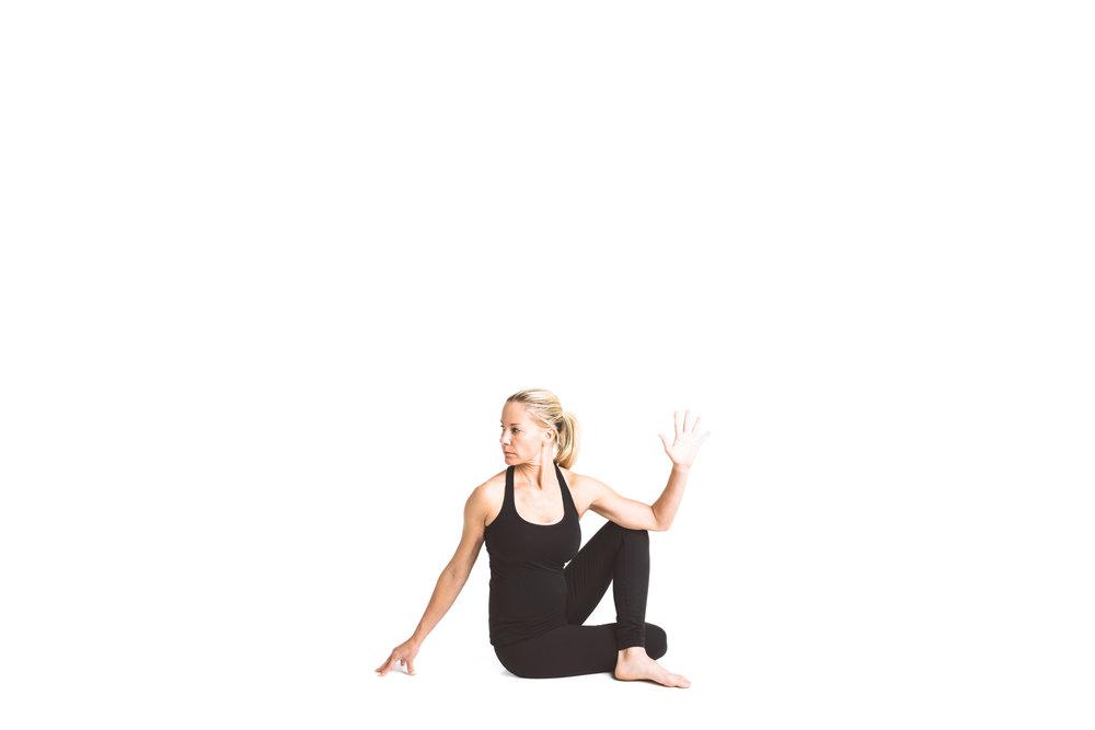 holy_yoga_by_lucas_botz_005.jpg