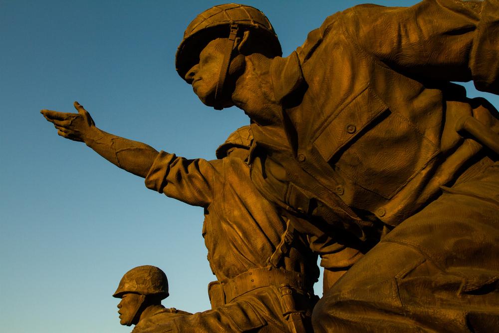 soldierstatues.jpg