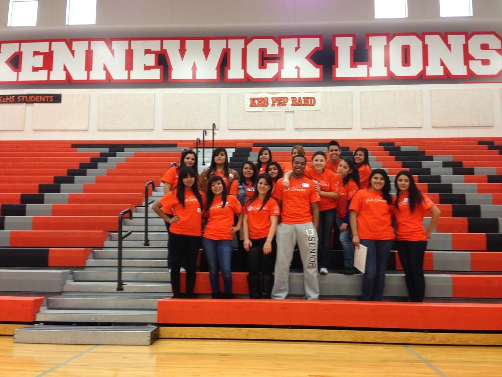 ¡La Chispa! high school role models at Kennewick High.
