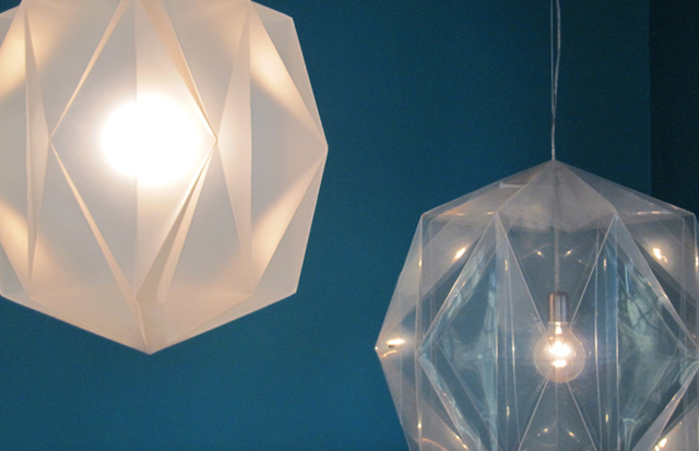 100x100 Lamps. Amsterdam-based designer Daniel Schipper is crowdfunding the production of his new pendant lamp. His goal is to pre-sell 100 lamps for 100 euros. I wish Daniel luck as I prepare to launch my own crowdfunding campaign in a few weeks. www.danielschipper.nl