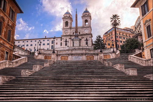 Spanish steps from Via Felice.jpg