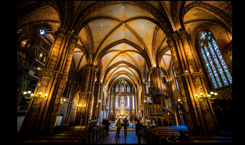St Matthias church Budapest.jpg