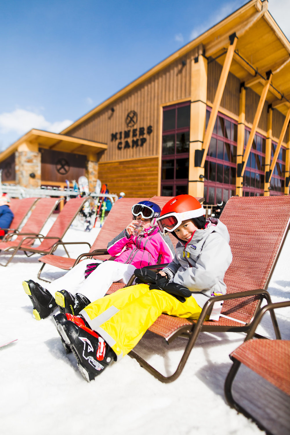 Mother + Daughter Ski Trip '18 -