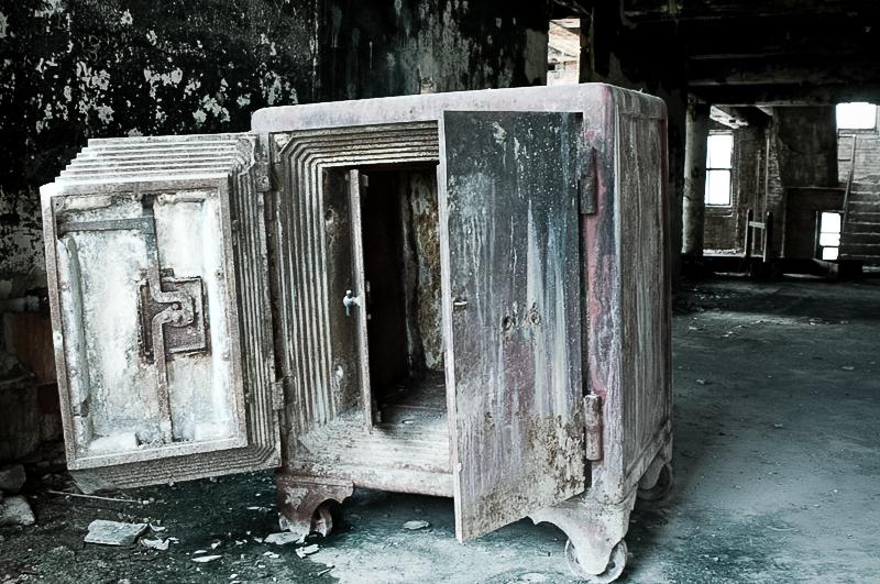 safe abandoned.jpg