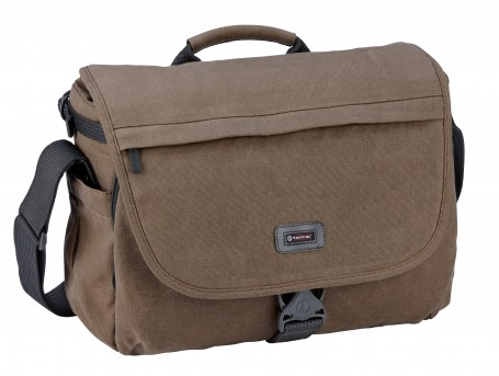 The Tamrac Apache 6 is a versatile bag for on-the-go photographers