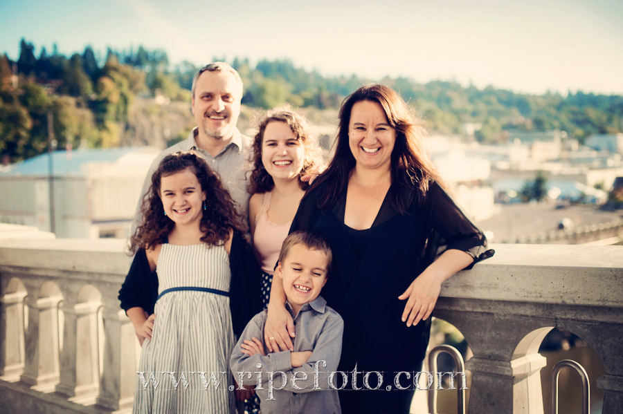 Portrait of family on Oregon City Bridge by Ripe Photography.