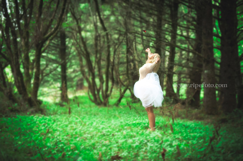 Conceptual portrait of woman in Ecola State Forest, Oregon by Portland portrait photographer Ripe Photography.