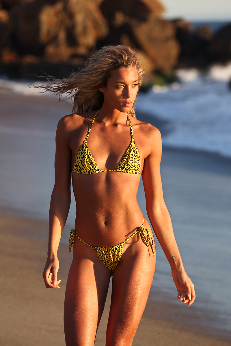 Thassos Leopard Brazilian Bikini - Yellow Leopard Brazilian BikiniWorldwide Exclusive PrintComposition: 80% PA 20% EAYellow Lining: 75% PA 25% EASize SmallAlso available in Pink & Green