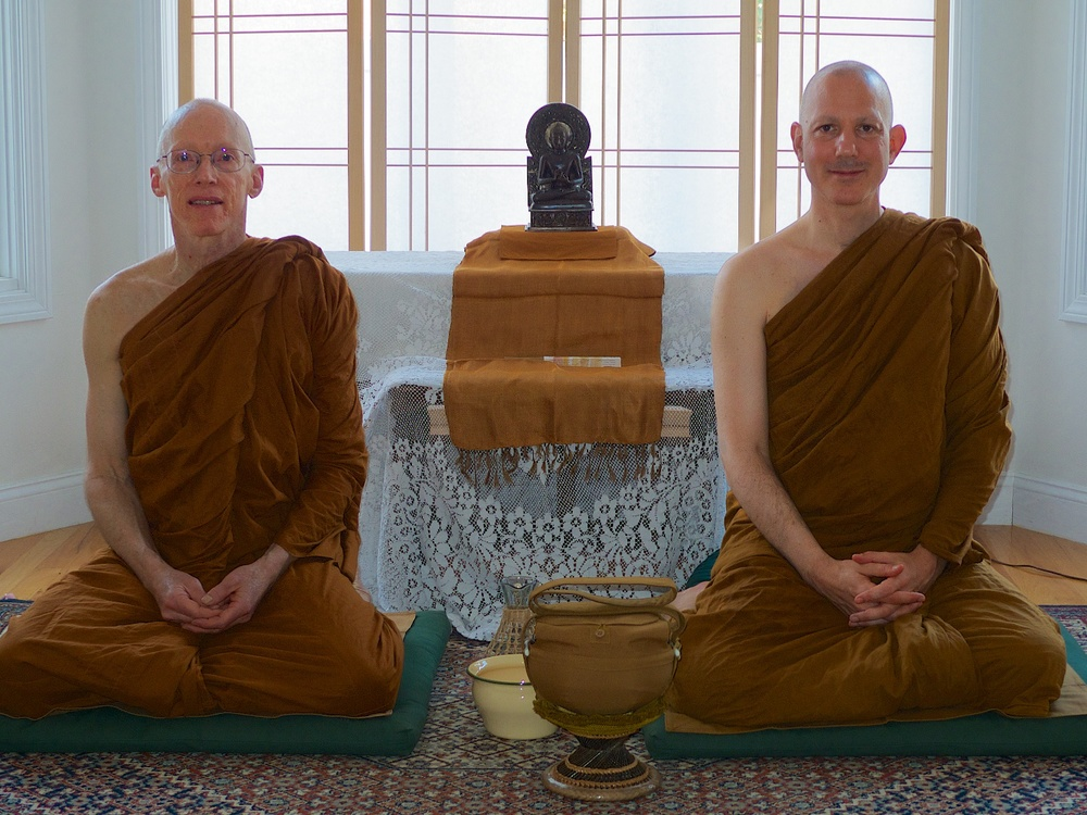 Ajahn Jayanto (right) and Ven. Caganando arrive at the Allston vihara.