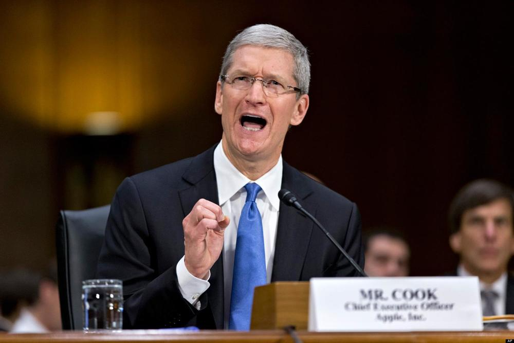 Tim-Cook-Apple-hearing-huffpost.jpg