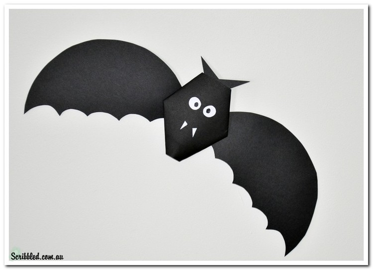 make a simple paper bat for halloween with your students - Halloween Bat Pics