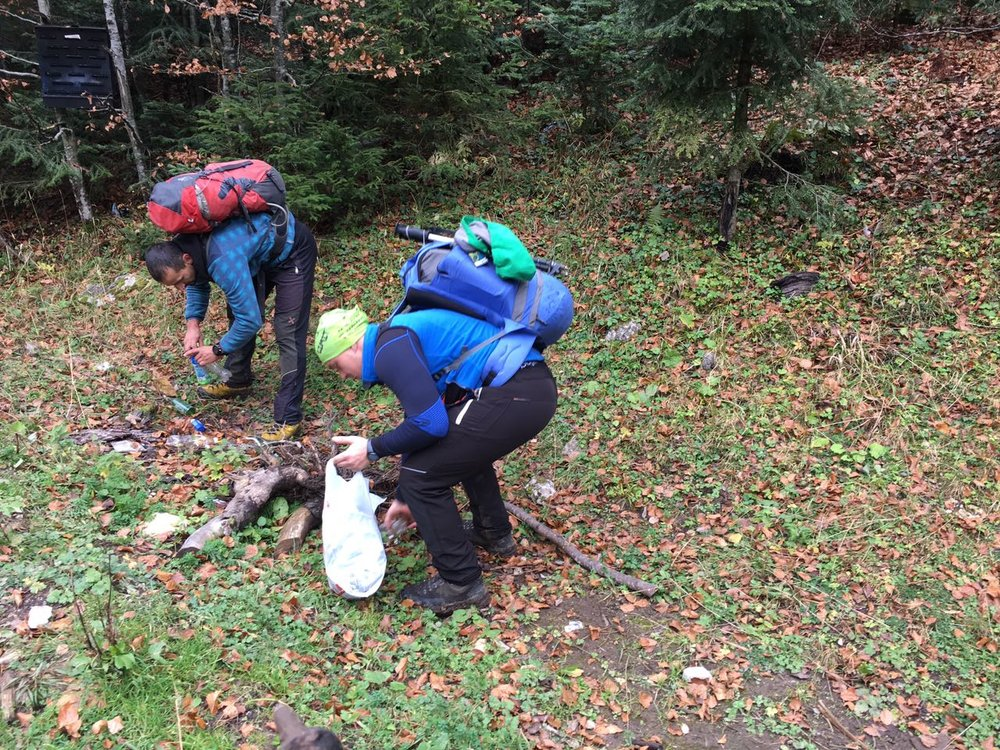 Training participants collecting trash as part of Leave No Trace exercise (Photo credit: Dan Moore/ Jean-Claude Razel)