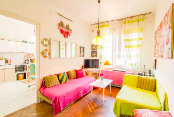 Situated next to the Romanian embassy 15 minutes from Skopje's old town,  Maxime's two-bedroom apartment  has room for six guests. There's a sunny terrace off of the kitchen, which also has a dining table. The bathroom has a washing machine, and one of the bedrooms is perfect for kids.